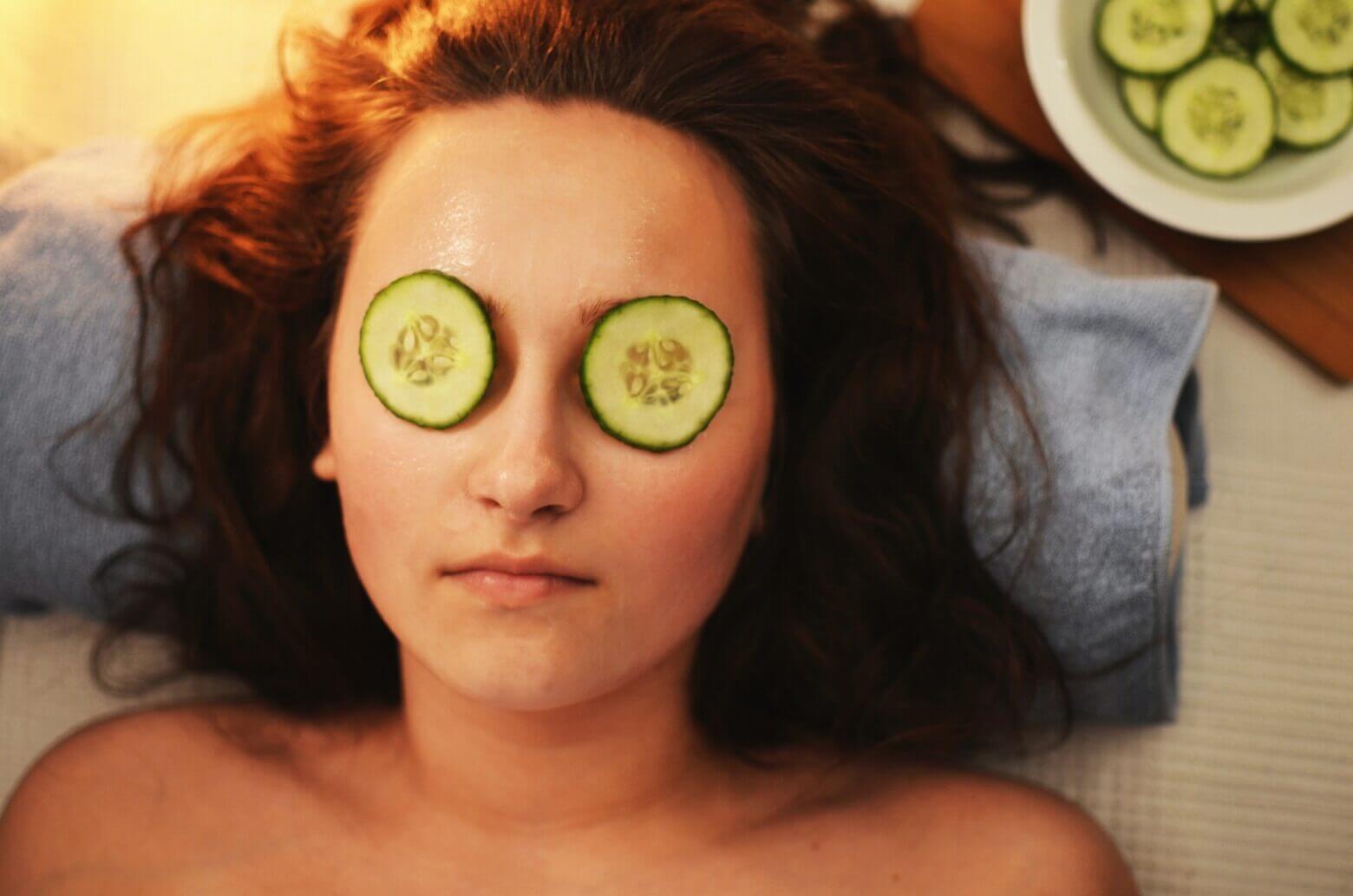 Best Ways To Combat Oily Skin