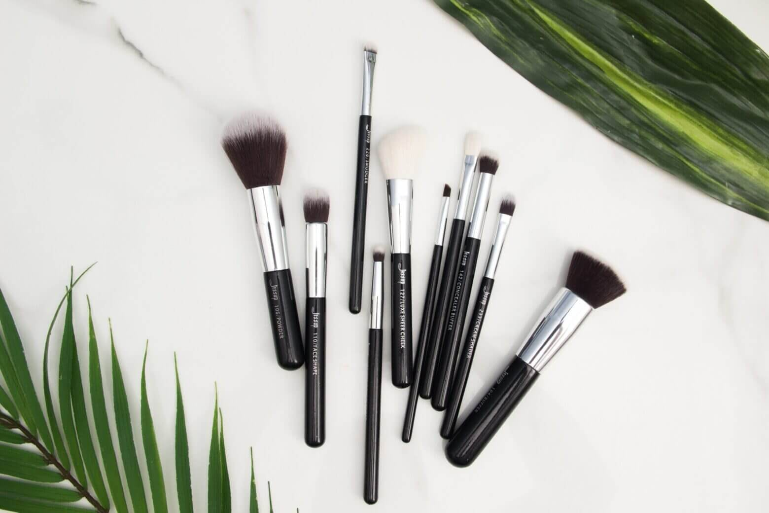 7 Basic Makeup Brushes You Need To Get Started