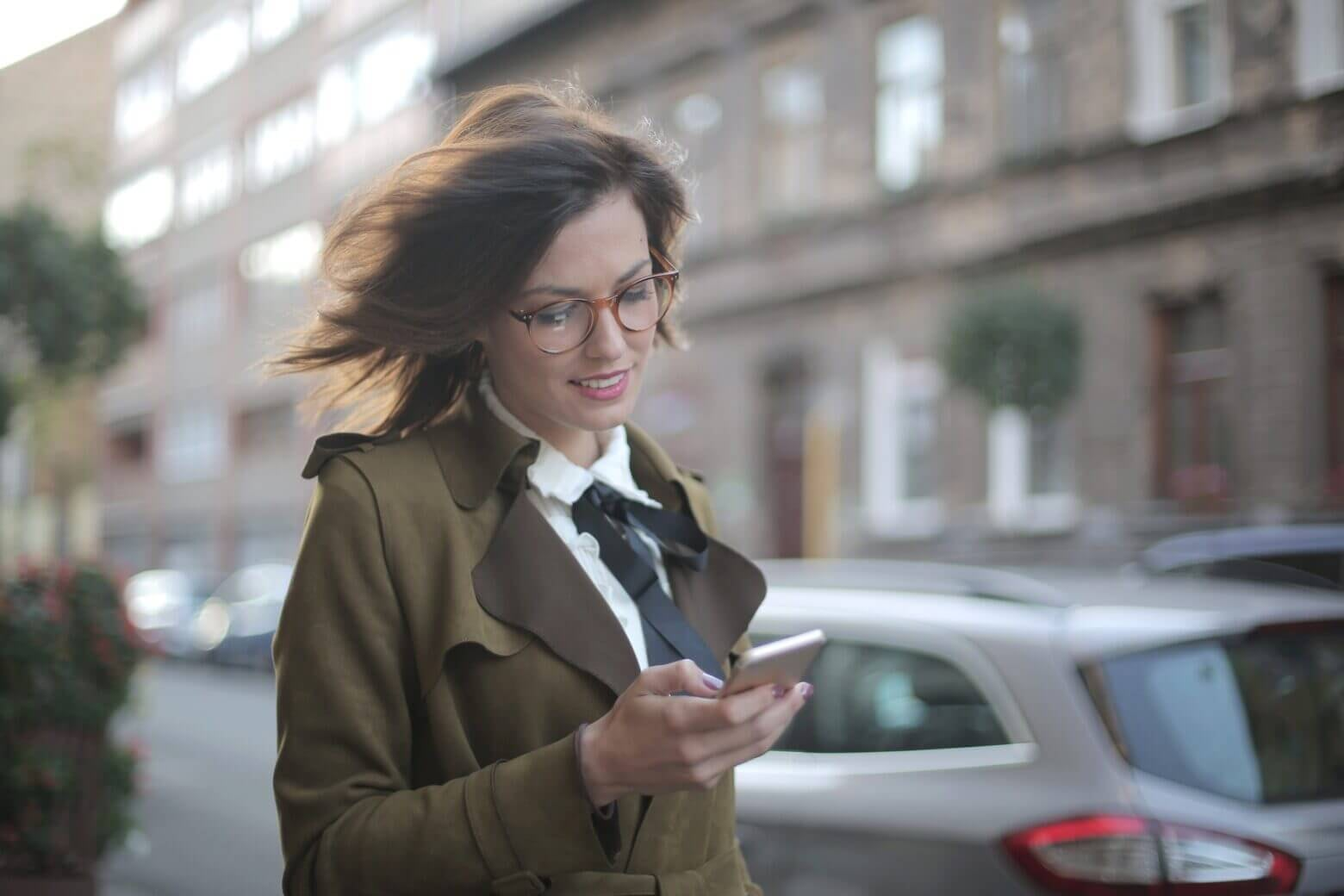 5 Best Apps For iPhone That Every Female Should Download